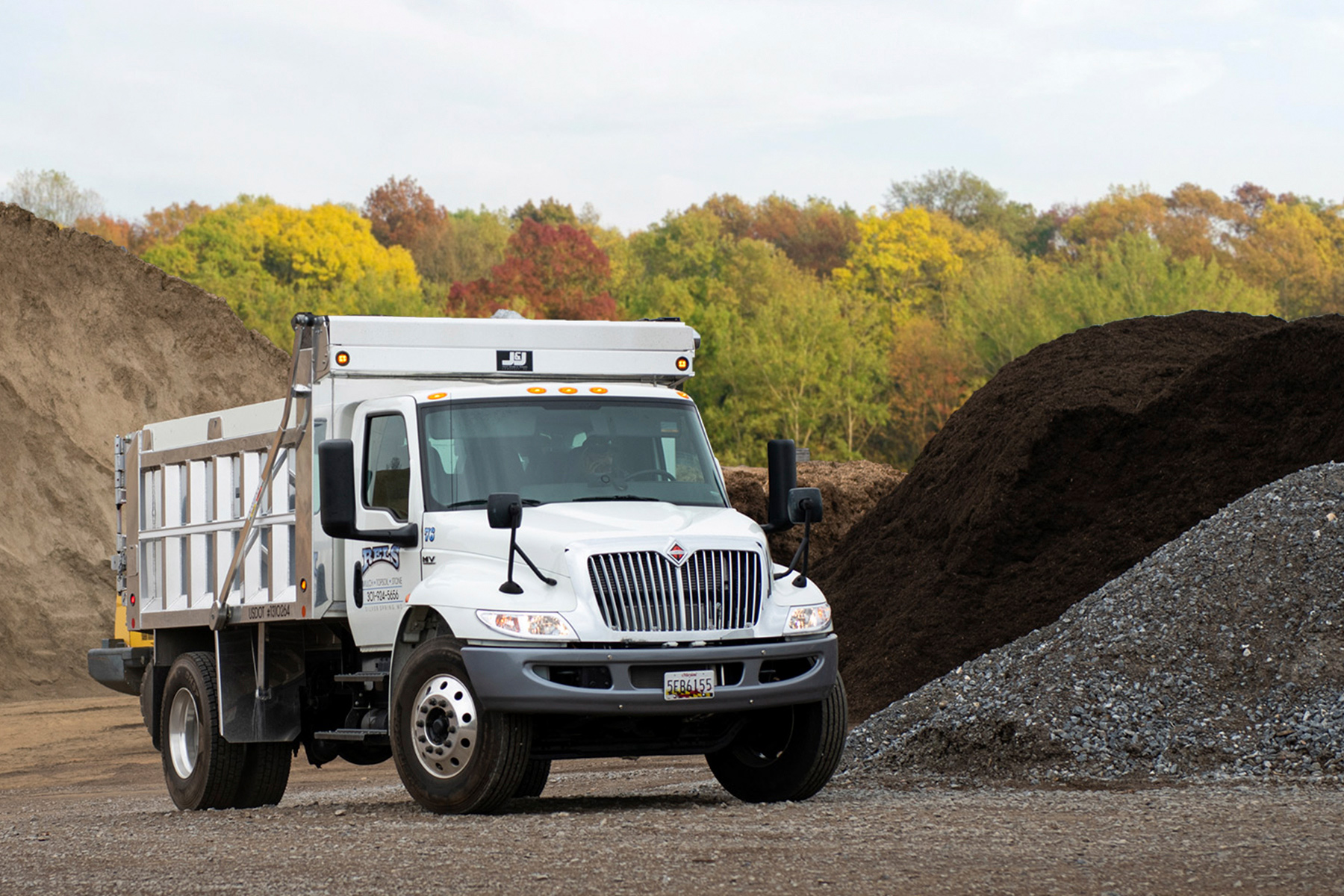 Mulch Topsoil Pavers Frederick Silver Spring Md